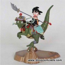 Figura Son Goku encima del Dragon corriendo