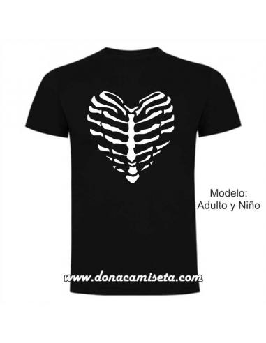 18757a651 Camiseta Esqueleto corazon